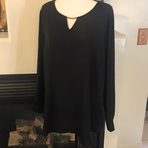 Maurices Tops - NWT Size 0 Plus Size Maurices Keyhole Tunic Blouse